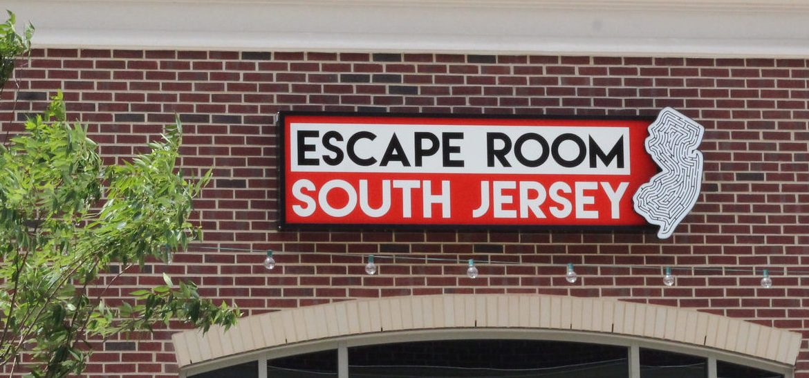 escape room sign