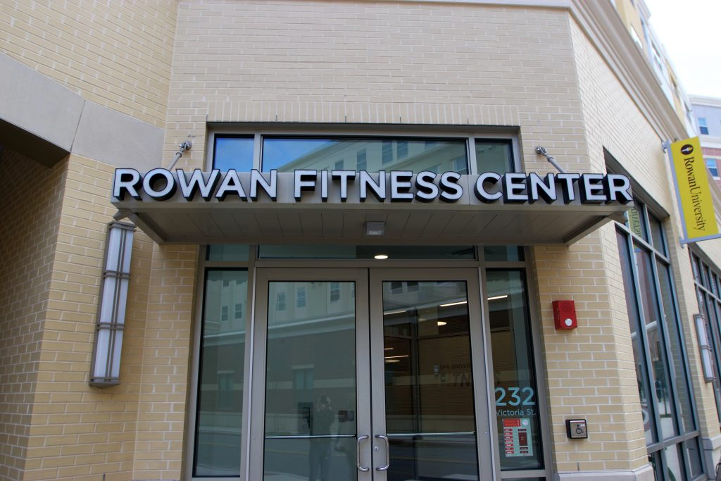Photo of Rowam's Fitness Center entrace on Victoria Blvd.