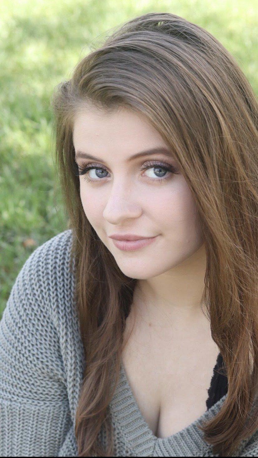 Portrait of Hannah.