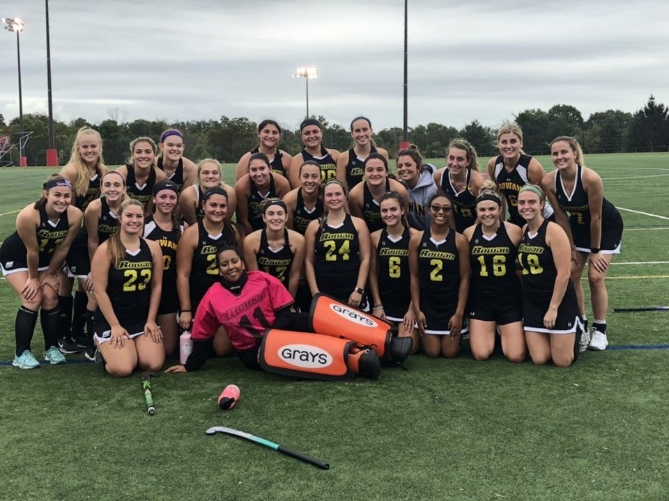 Casey with her field hockey team.