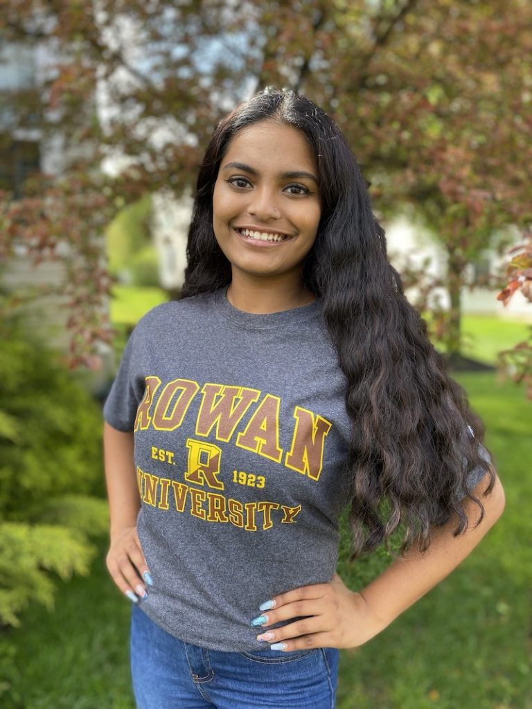 Chimayee proudly wears a Rowan shirt.