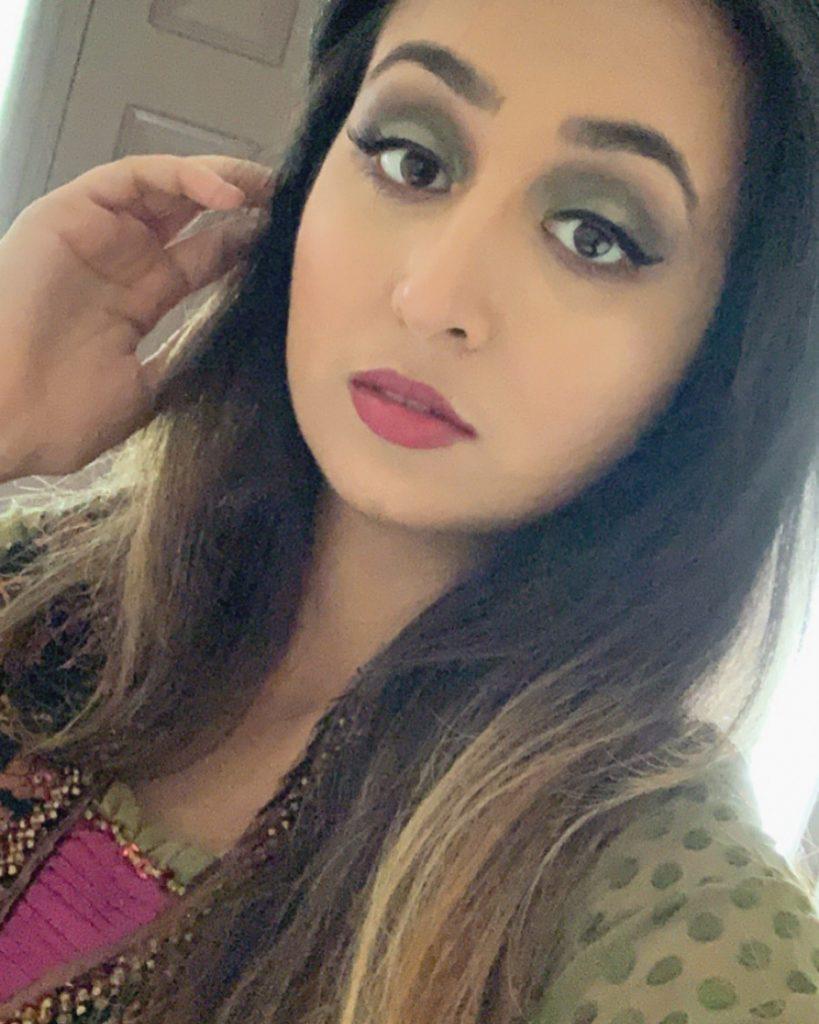 Selfi of Fatima Khalid.