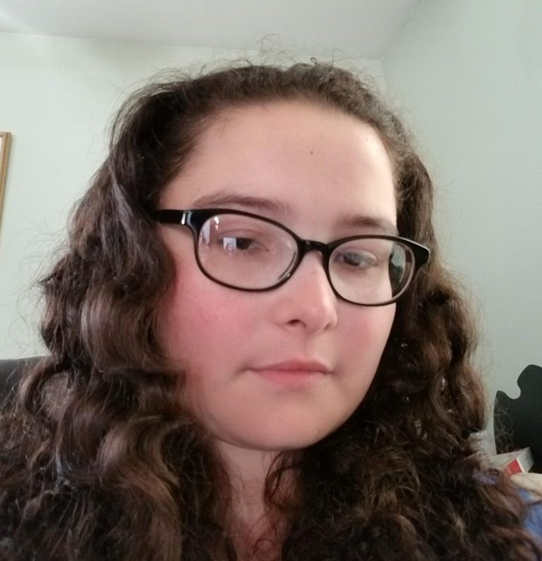 Stephanie posing for a selfie.