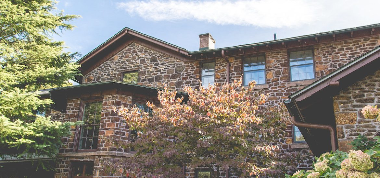 Exterior shot of Hollybush.