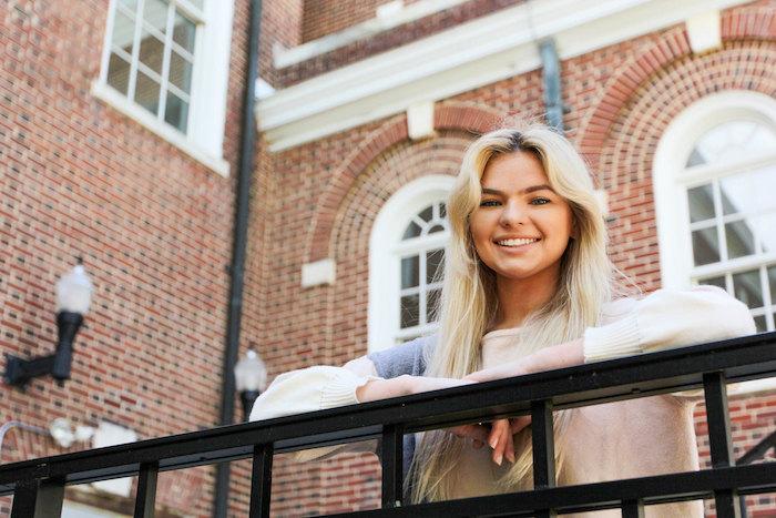 Caitlyn outside of Bunce Hall.