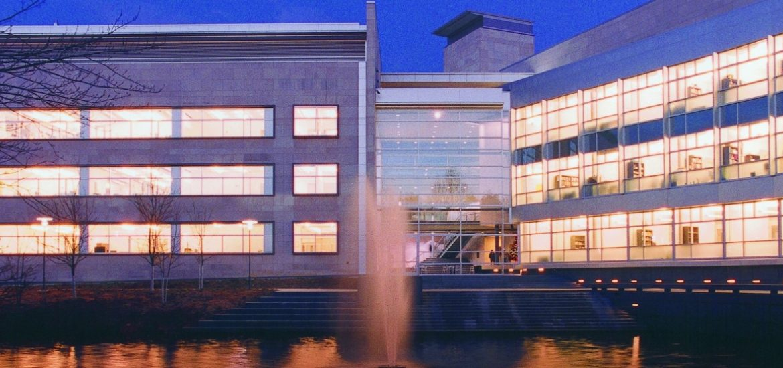 Rowan hall and Engineering Pond at night.